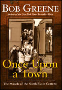 Once Upon a Town the Miracle of the Nort (Large Print)
