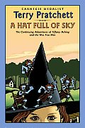 A Hat Full of Sky: The Continuing Adventures of Tiffany Aching and the Wee Free Men Cover