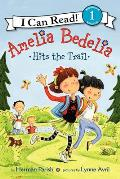 Amelia Bedelia Hits the Trail (I Can Read Young Amelia Bedelia - Level 1)