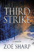 Third Strike: A Thriller (Charlie Fox Mysteries)