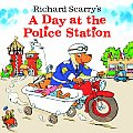 A Day at the Police Station (Richard Scarrys)