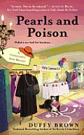 Pearls and Poison (Consignment Shop Mysteries)