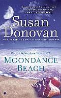 Bayberry Island Novel #3: Moondance Beach: A Bayberry Island Novel