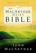 MacArthur Daily Bible-NKJV: Read Through the Bible in One Year, with Notes from John MacArthur Cover