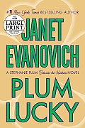 Plum Lucky: A Stephanie Plum Between-The-Numbers Novel (Large Print)