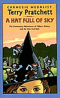 A Hat Full of Sky: The Continuing Adventures of Tiffany Aching and the Wee Free Cover