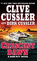 Crescent Dawn (Large Print) (Dirk Pitt Novel)