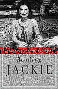 Reading Jackie: Her Autobiography in Books (Large Print)