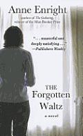 The Forgotten Waltz (Large Print) (Basic)