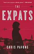 The Expats (Large Print) (Thorndike Thrillers)