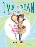 Ivy & Bean #10: Ivy + Bean Take the Case
