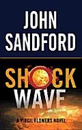 Shock Wave (Large Print) (Center Point Platinum Mystery)