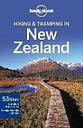 Lonely Planet Hiking & Tramping in New Zealand 7th Edition