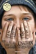Tan Fuerte, Tan Cerca / Extremely Loud & Incredibly Close