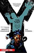 Y The Last Man Deluxe Edition Book 01