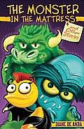 Monster in the Mattress & Other Stories El Monstruo En El Colchon y Otros Cuentos
